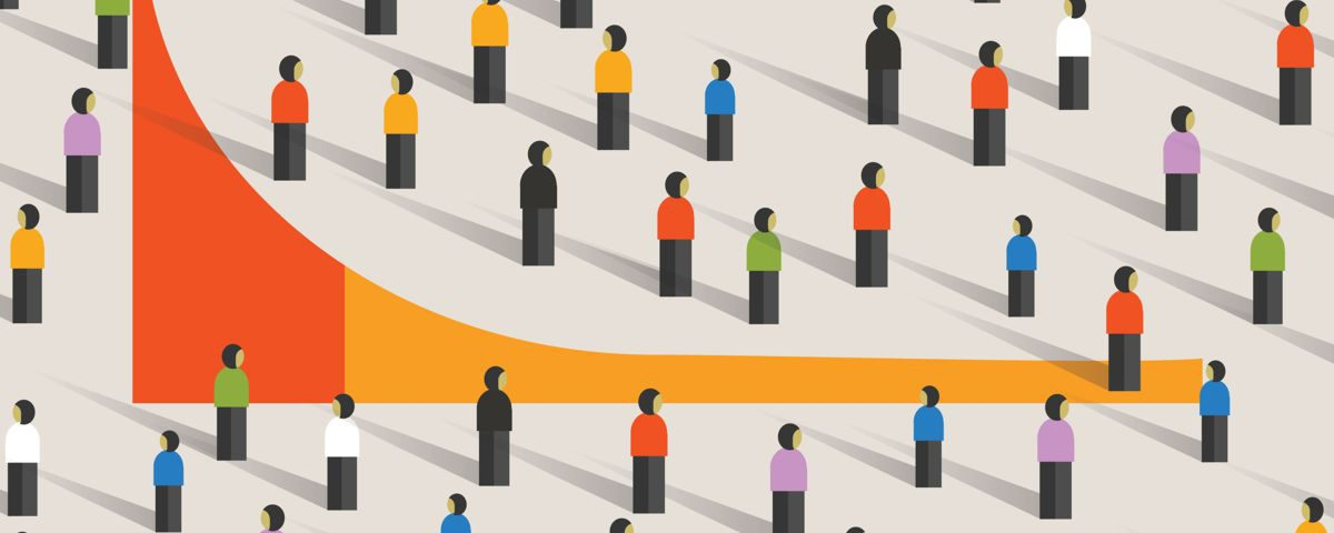 Długi ogon, abstrakcyjna grafika przedstawiająca wykres long tail w tłumie ludzi.