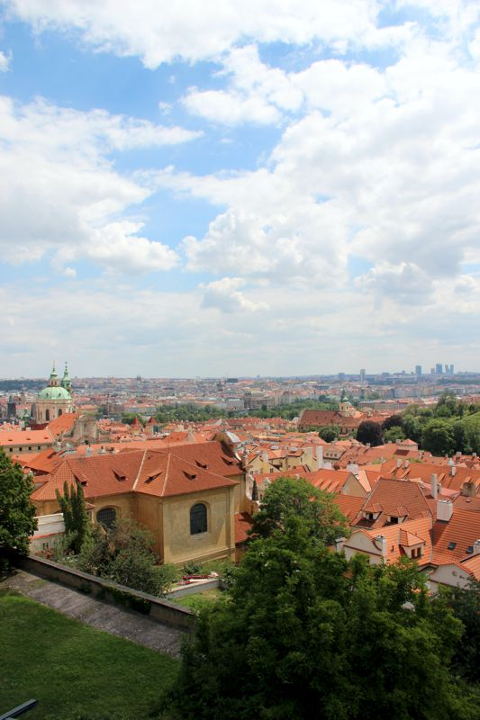 panorama-Pragi-z-zamku-na-hradczanach